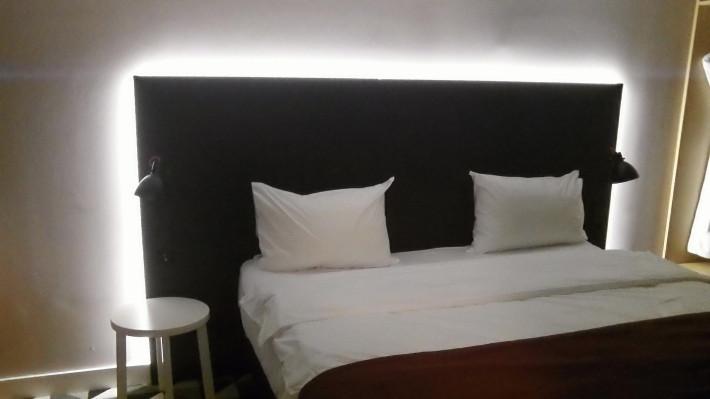Если хорошо учился в школе. Обзор апартаментов гостиницы Azimut в Воронеже.