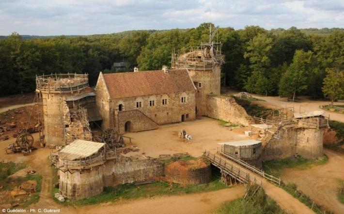 Сколько стоит замок строить