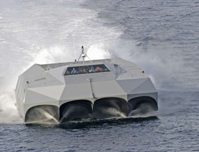 Без солярия и мини-бара. Катер M80 Stiletto для морских диверсантов.