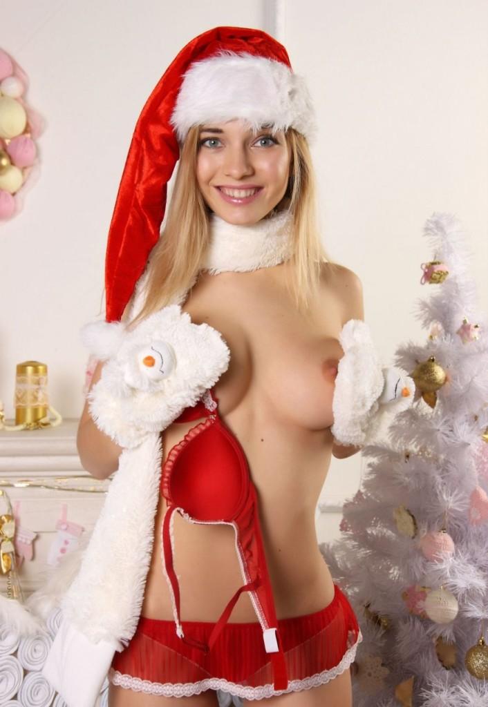 девушку связал смотреть голая снегурочка сравнивает тебя