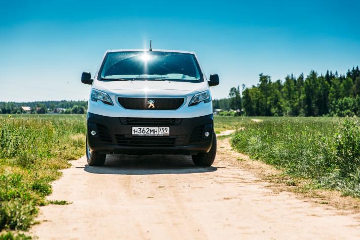 Эксперт-любитель. Тестируем Peugeot Expert с двухлитровым дизелем и МКПП.