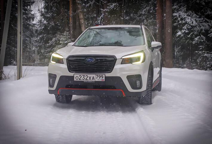 Взгляд фарами в вечность. Subaru Forester Sport.